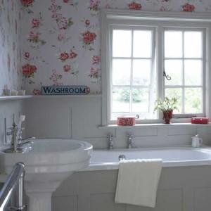 96_0000091d1_4c8f_orh550w550_rose-bathroom