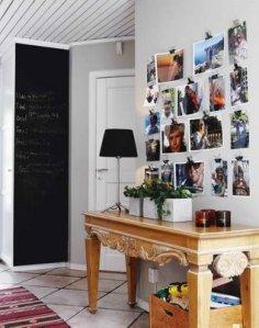 decoração-de-parede-com-fotos-no-hall-de-entrada