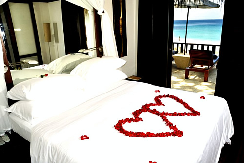 Bedroom-designs-for-Valentines-day