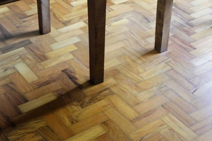 Reparar-piso-tacos-01