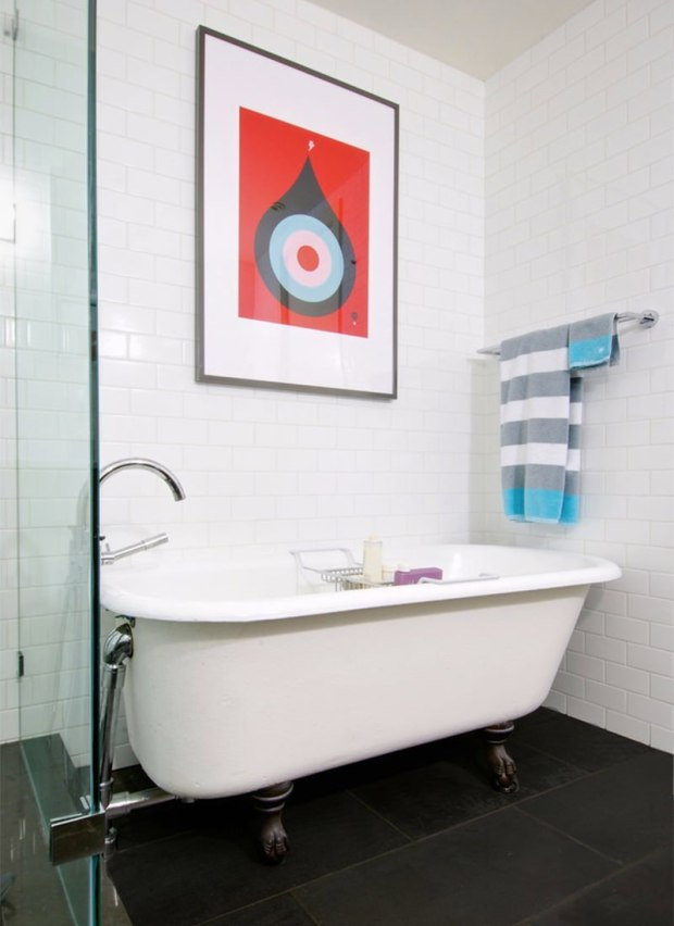 12-banheiro-moderno-quadros