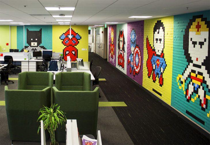 1-escritório-super-herois-8-bit