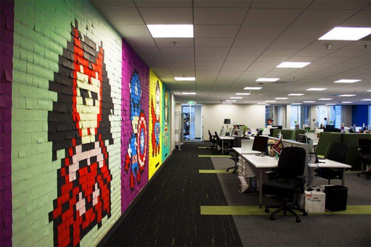 4-escritório-super-herois-8-bit