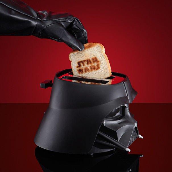 Torradeira do Star Wars pode ser encontrado no site da Amazon