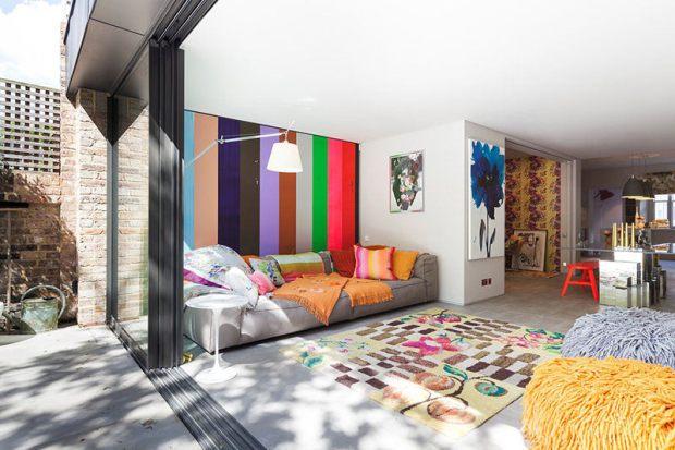 12-manta-colorida-sofa-cinza-moderno