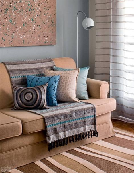 15-manta-colorida-sofa-bege-moderno