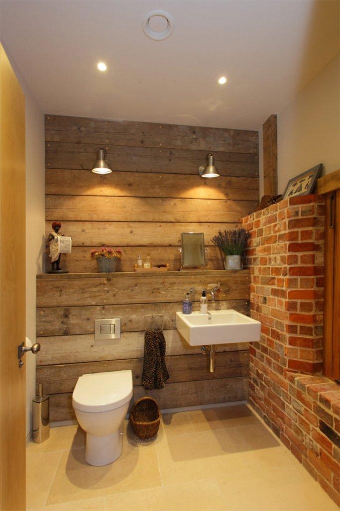 26-banheiro-madeira-tijolinho