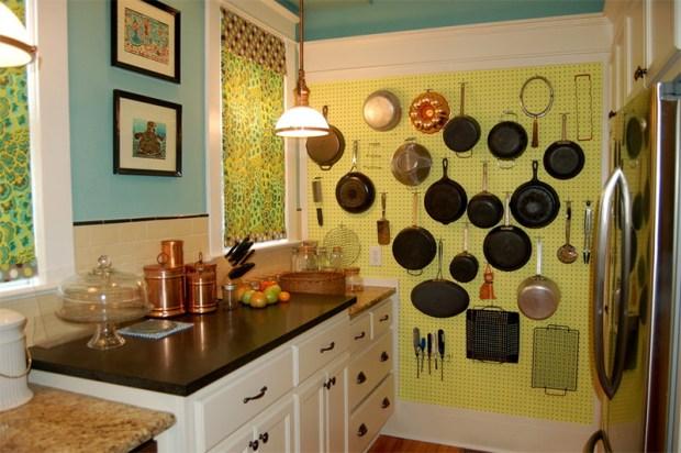 02-cozinha-panelas-parede