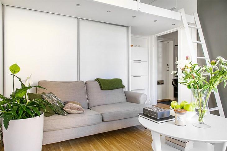 2-sala-pequena-escandinava-sofá-cinza