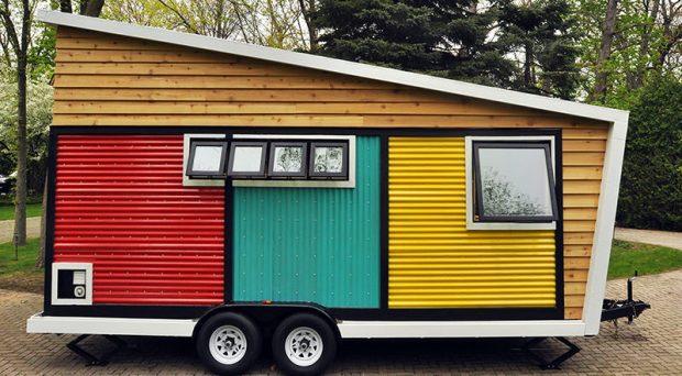 01-toy-box-tiny-home