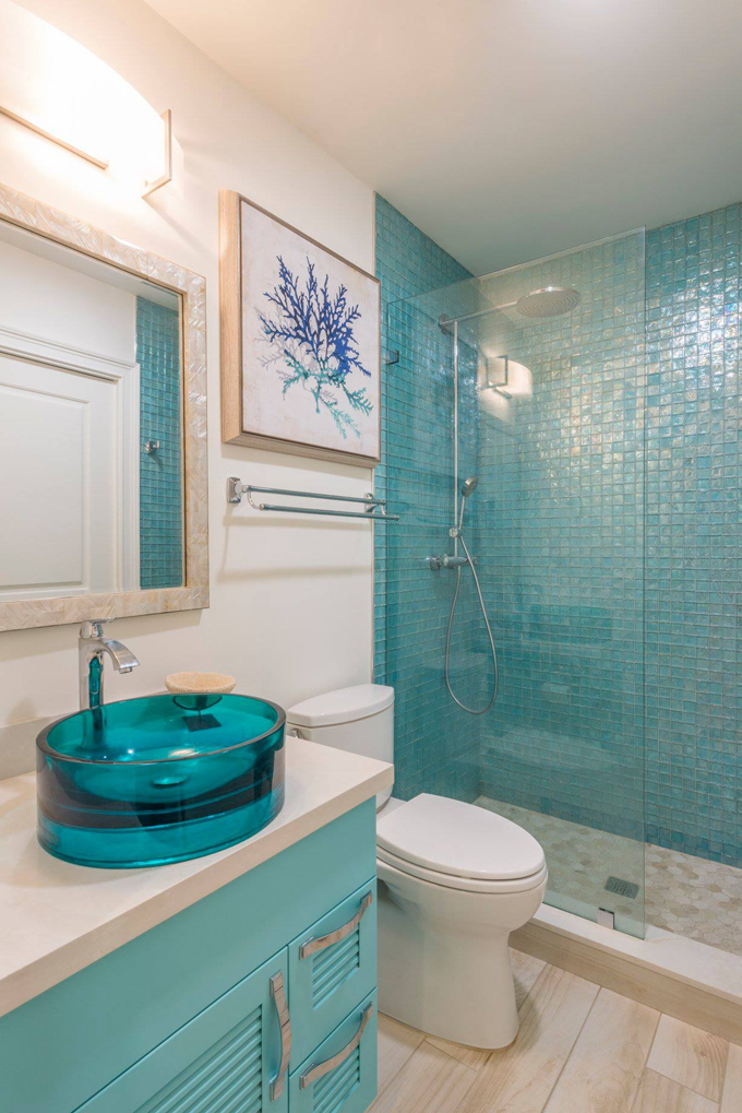 turquoise coastal bathroom