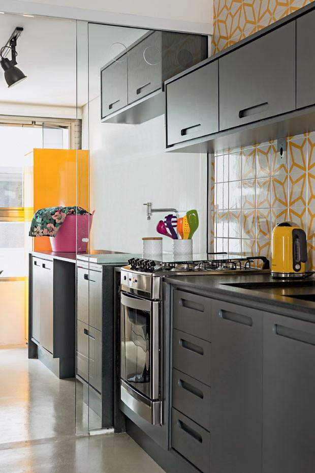 cozinha-armarios-grafite-az